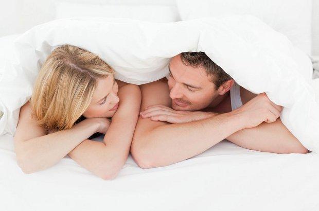 Pour vivre heureux (et longtemps), vivons couchés (mais pas seuls)